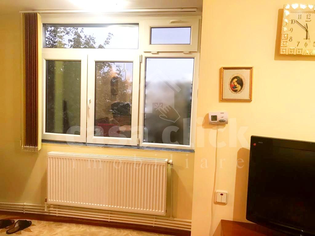 1 camera deosebita Tiglina 2, etaj 2, renovata, cu balcon