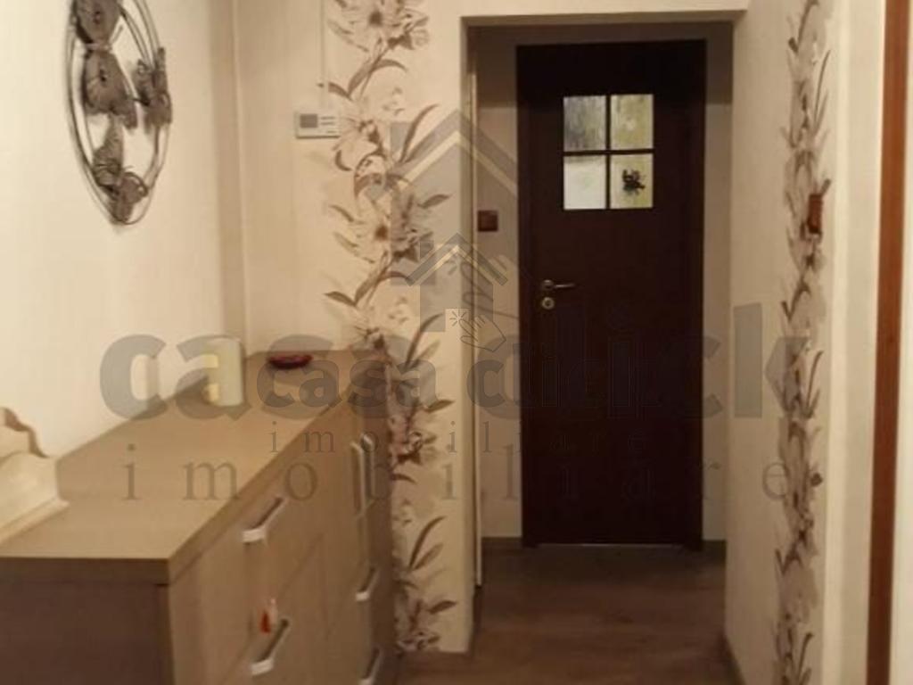 Apartament, 2 camere, mobilat, Micro 20