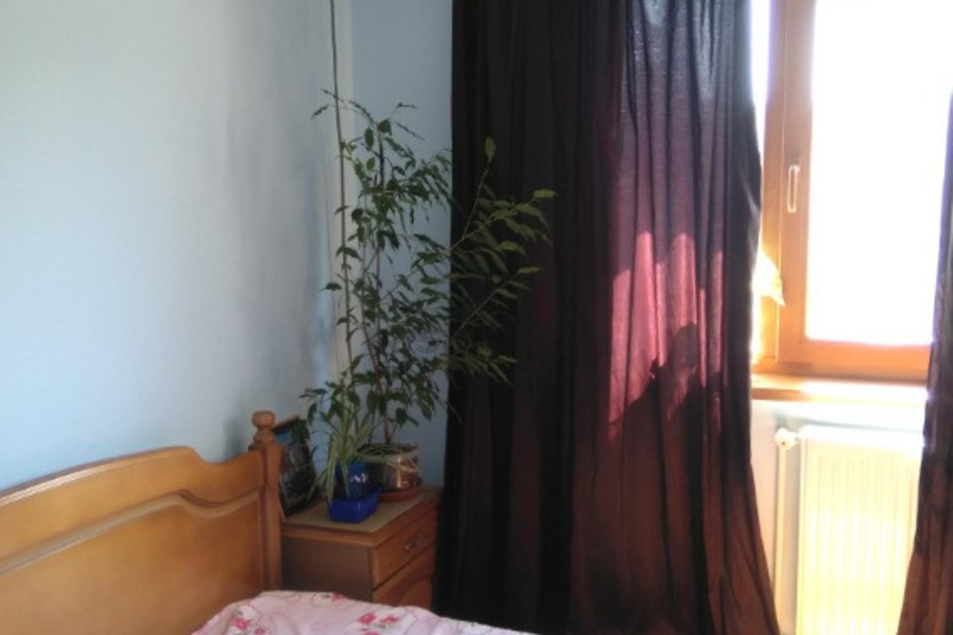 Apartament 3 camere decomandate Micro 21