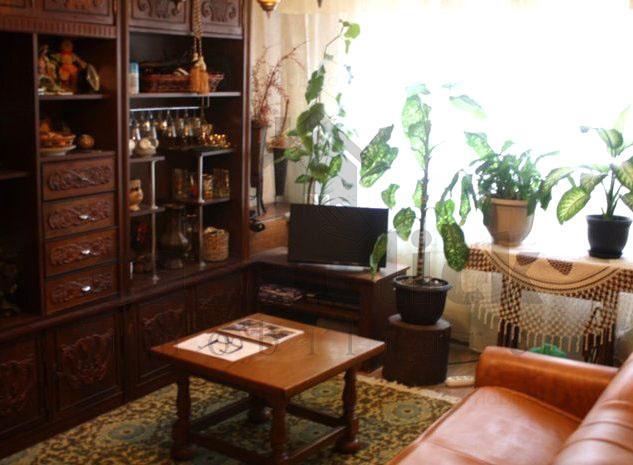 Apartament 3 camere decomandate, etaj intermediar, Micro 17