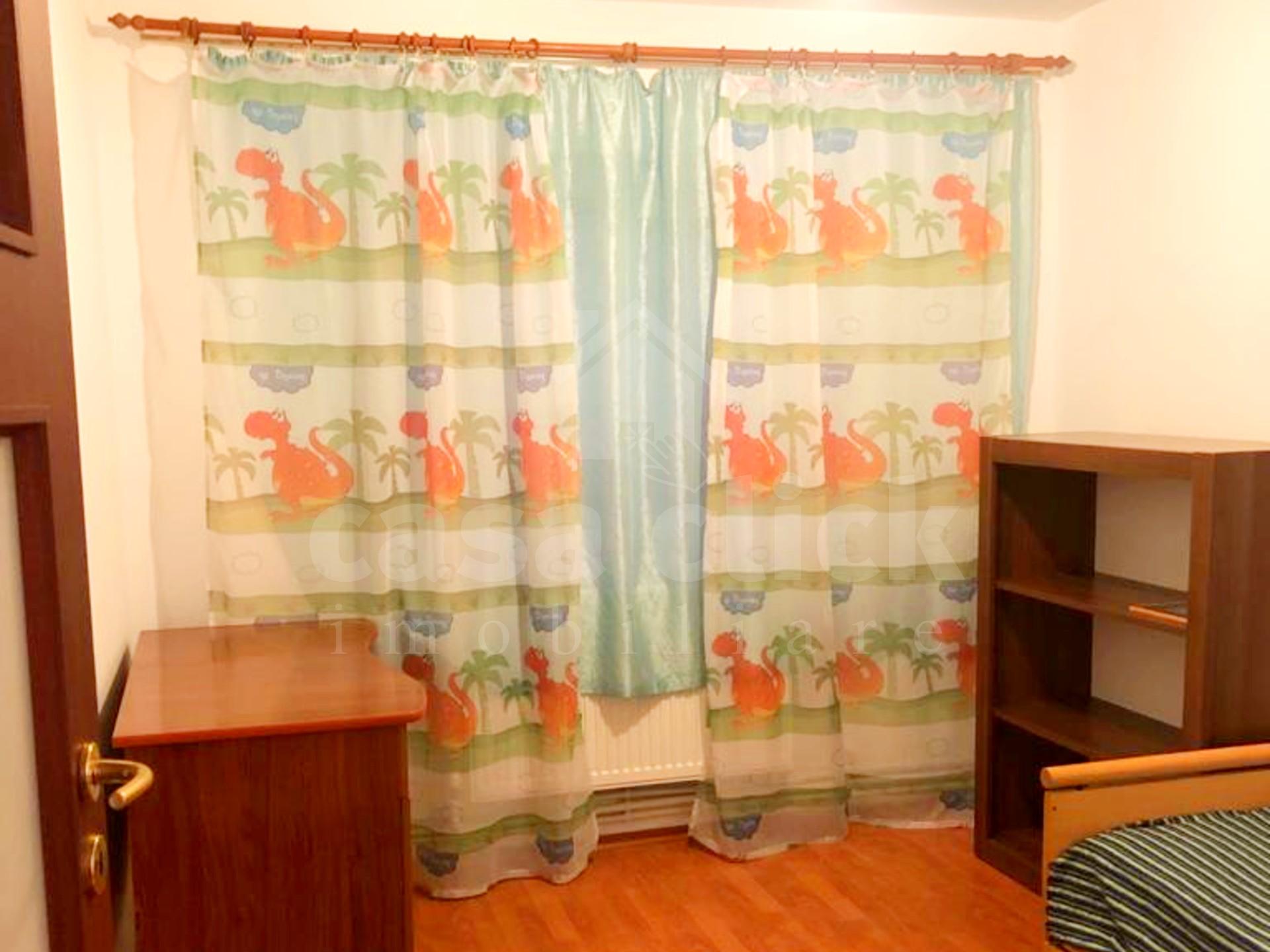 Apartament 3 camere Micro 14 – Nae Leonard