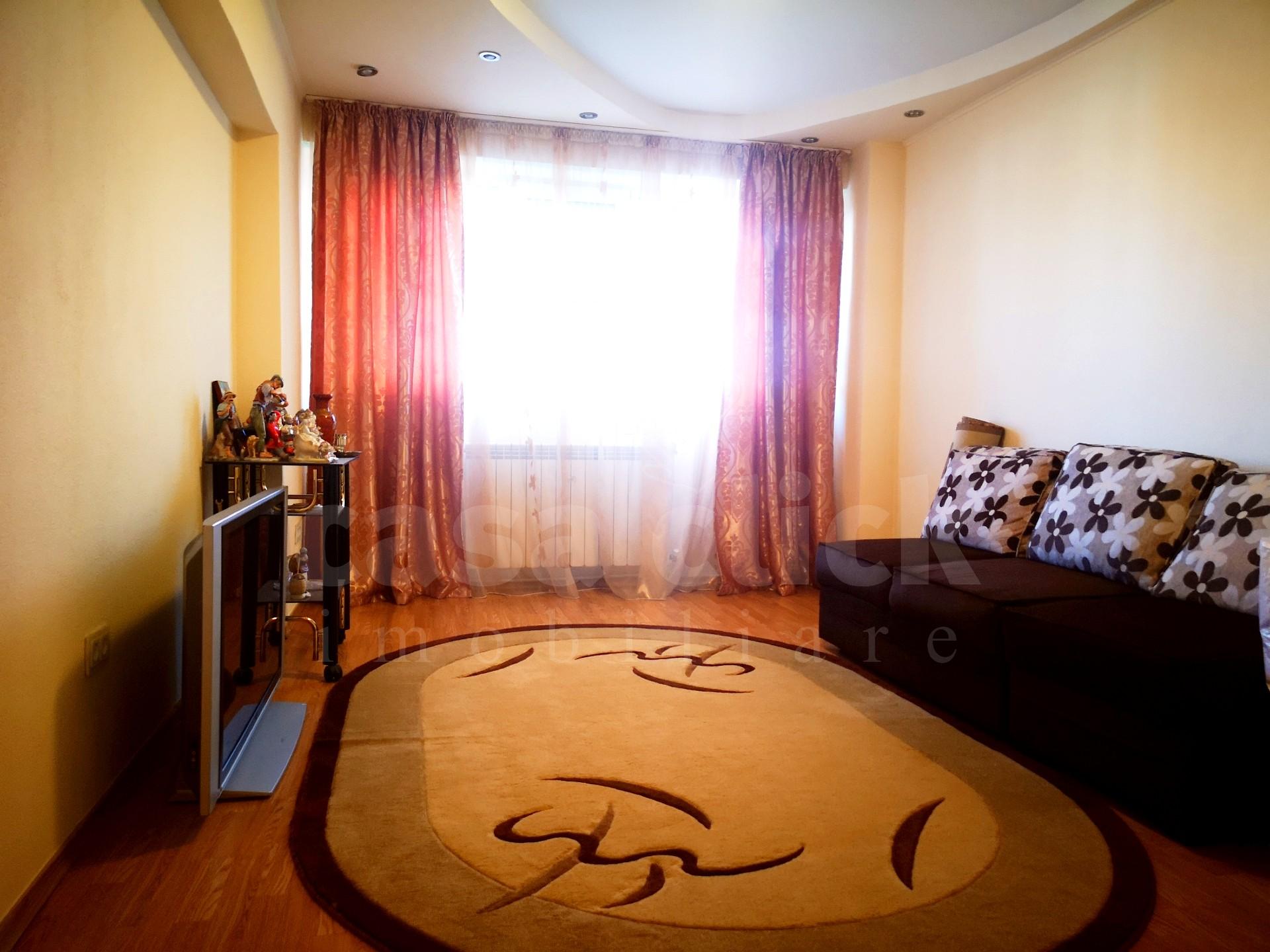 Apartament 2 camere, parter, zona General