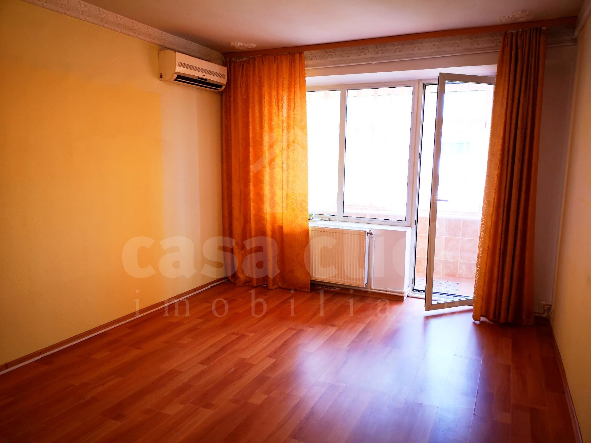 Apartament 3 camere, ultracentral, priveliste unica